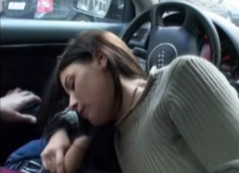 Girlfriend blowjob in car