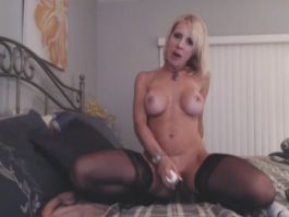 Blonde Loves to Lick and Ride her Toy HD