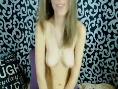 Sexy Cam Babe Having Masturbation Show on Cam