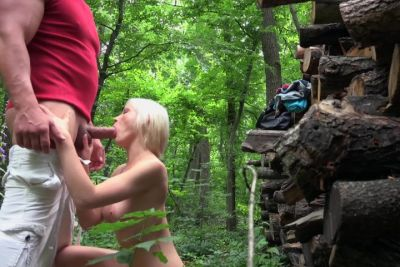 Fucking perky amateur in woods POV style