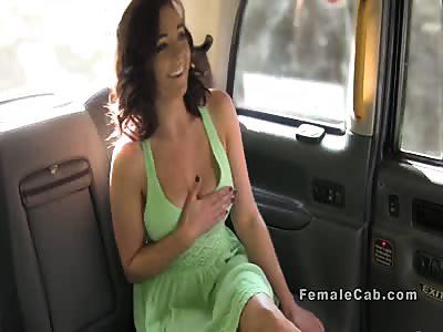 Busty lesbo client fingers cab driver on the bonnet